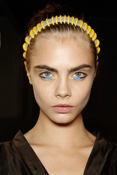Lip, Mouth, Cheek, Yellow, Hairstyle, Chin, Forehead, Eyebrow, Eyelash, Hair accessory,