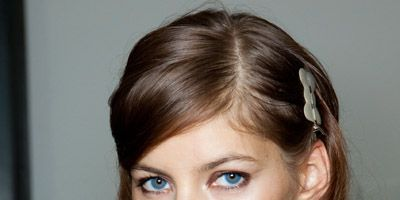 Lip, Fluid, Brown, Eye, Hairstyle, Skin, Liquid, Forehead, Eyebrow, Eyelash,
