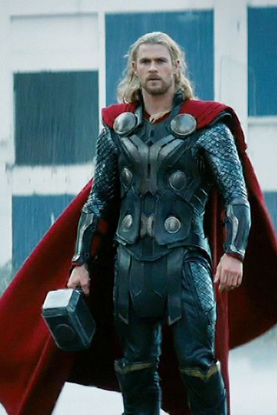 Standing, Fictional character, Costume, Armour, Beard, Glove, Boot, Thor, Action figure, Facial hair,