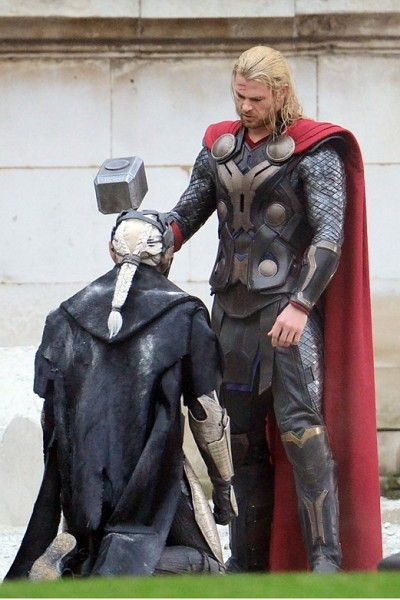 Costume, Armour, Cloak, Sculpture, Fictional character, Thor, Knight, Costume design, Acting, Boot,