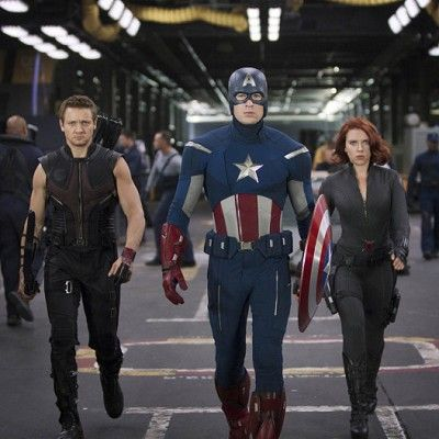 Fictional character, Standing, Costume, Superhero, Carmine, Fashion, Hero, Costume design, Boot, Spandex,