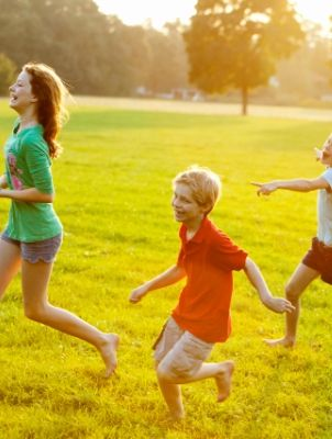 Grass, Fun, Green, Happy, People in nature, Summer, Sunlight, Playing sports, Rejoicing, Play,