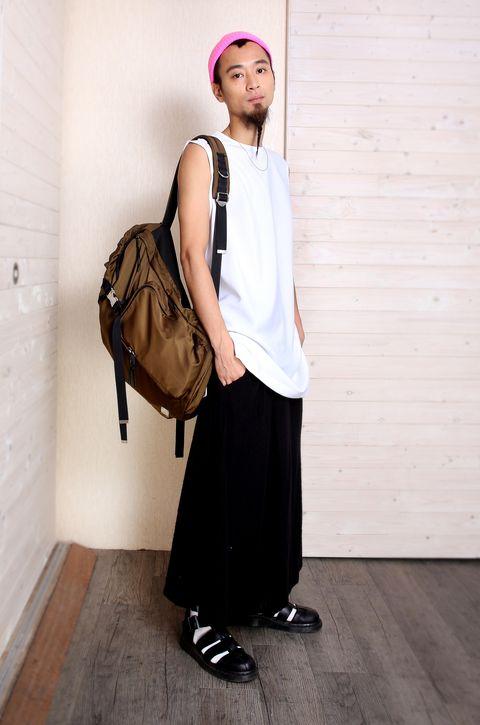 Brown, Bag, Style, Luggage and bags, Fashion, Street fashion, Shoulder bag, Beige, Maroon, Handbag,