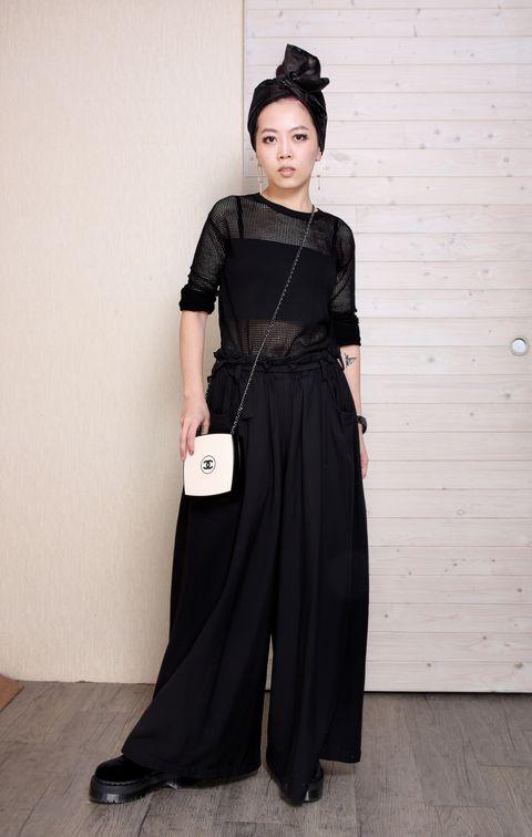 Sleeve, Dress, Style, Costume accessory, Fashion accessory, Headgear, Fashion, Costume, Black, Waist,