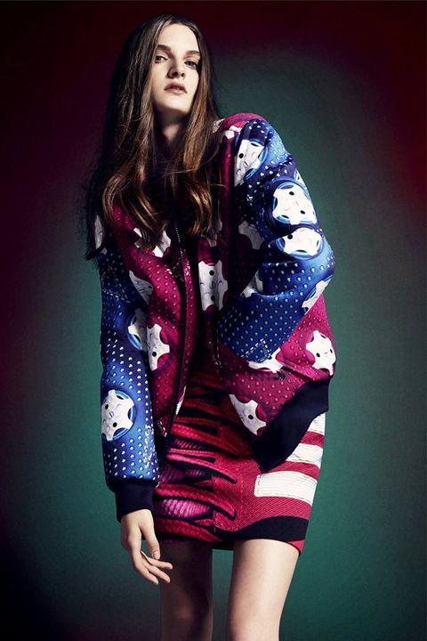 Sleeve, Human body, Style, Pattern, Dress, Fashion model, Fashion, One-piece garment, Day dress, Electric blue,