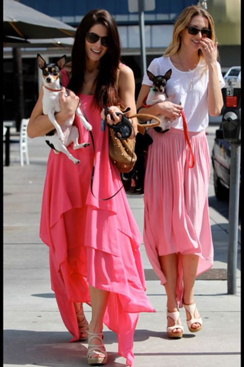 Clothing, Eyewear, Vision care, Sunglasses, Dress, Fashion accessory, Bag, Street fashion, Fashion, Goggles,