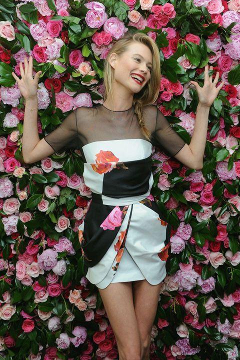 Petal, Flower, Pink, Red, Dress, Flowering plant, Beauty, Floristry, Cut flowers, Floral design,