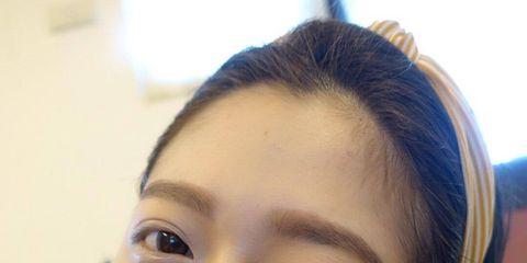 Head, Smile, Hairstyle, Skin, Eyebrow, Eyelash, Tooth, Selfie, Nail, Mobile phone,