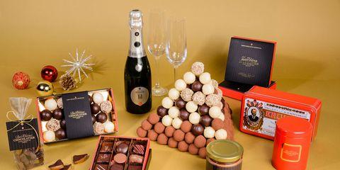 Bottle, Glass bottle, Barware, Box, Still life photography, Bottle cap, Distilled beverage, Alcohol, Collection, Toy,