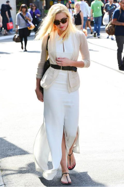 Clothing, Eyewear, Footwear, Leg, Vision care, Trousers, Bag, Outerwear, Style, Street,