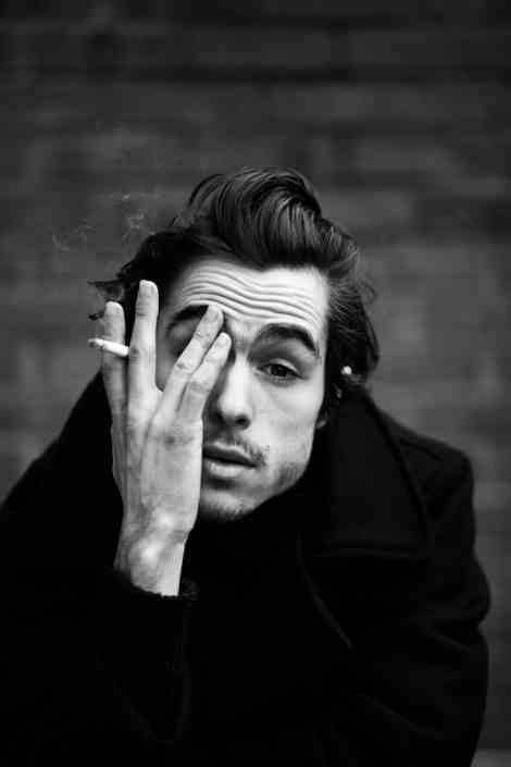 Style, Monochrome photography, Monochrome, Jaw, Black-and-white, Cool, Black hair, Portrait photography, Portrait, Gesture,