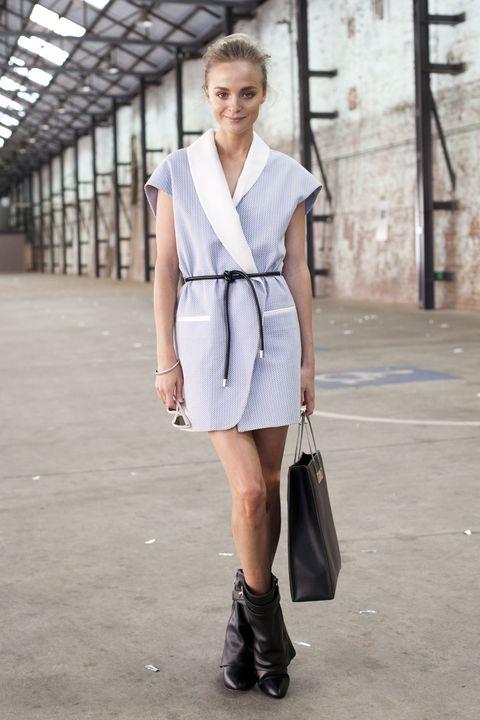 Clothing, Sleeve, Shoulder, Dress, Textile, Bag, Style, Collar, Street fashion, Fashion accessory,