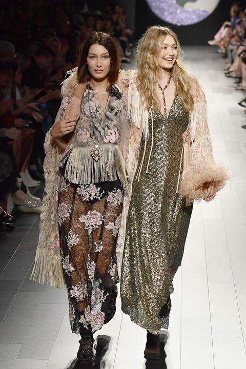 Fashion model, Fashion, Fashion show, Runway, Clothing, Public event, Fashion design, Event, Haute couture, Human,
