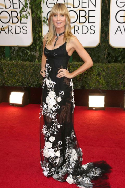 Clothing, Flooring, Dress, Shoulder, Premiere, Carpet, Style, Fashion, Red carpet, Blond,