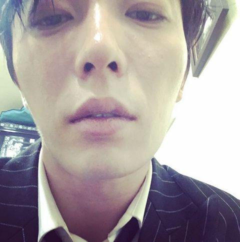 Lip, Cheek, Mouth, Eye, Skin, Chin, Forehead, Eyebrow, Eyelash, Collar,