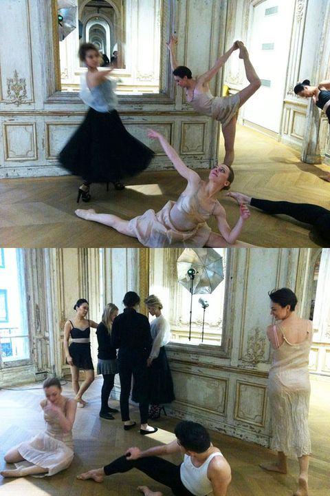 Arm, Leg, Performing arts, Entertainment, Human body, Shoulder, Flooring, Hand, Floor, Interior design,