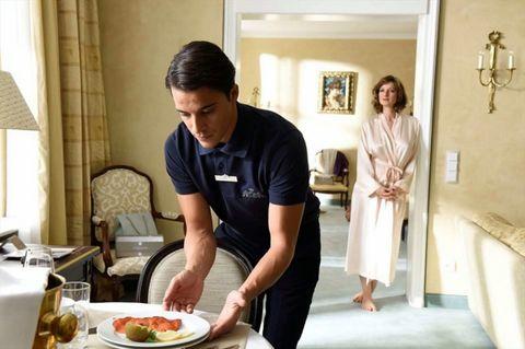 Meal, Food, Cooking, Room, Cook, Dish, Cuisine, Homemaker, Interior design, Comfort food,