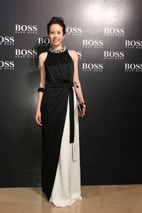 Clothing, Dress, Shoulder, Formal wear, Style, One-piece garment, Flooring, Fashion accessory, Jewellery, Floor,