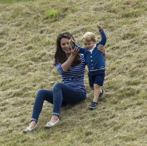 Grass, Happy, People in nature, Ecoregion, Grassland, Friendship, Electric blue, Grass family, Field, Prairie,