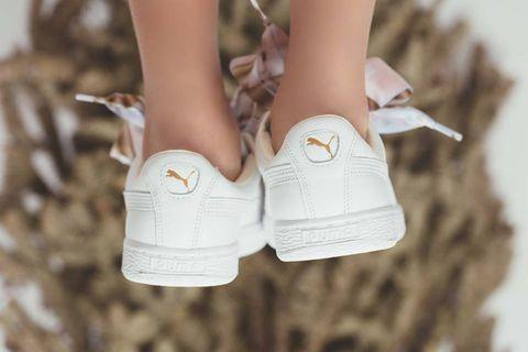 White, Footwear, Shoe, Product, Tan, Plimsoll shoe, Beige, Joint, Leg, Human leg,