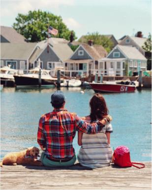 Property, Water, Neighbourhood, Waterway, House, Leisure, Residential area, Watercraft, Town, Home,
