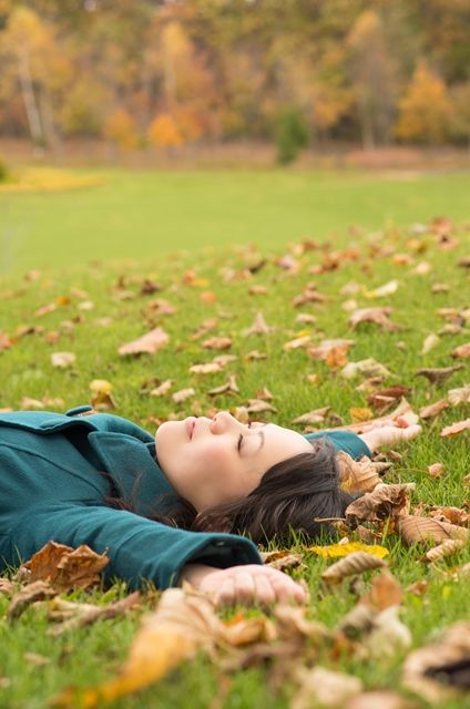 Nose, Grass, Leaf, People in nature, Autumn, Grassland, Meadow, Portrait photography, Deciduous, Photo shoot,