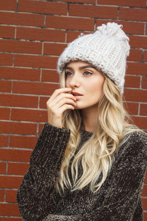 Lip, Textile, Brick, Style, Winter, Wall, Brickwork, Headgear, Pattern, Beauty,