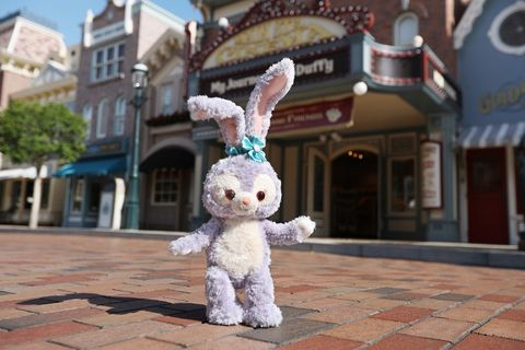 Toy, Rabbits and Hares, Animation, Stuffed toy, Fur, Rabbit, Cobblestone, Easter bunny, Fictional character, Hare,