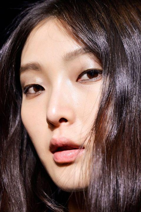 Hair, Face, Nose, Mouth, Lip, Cheek, Brown, Hairstyle, Eye, Chin,