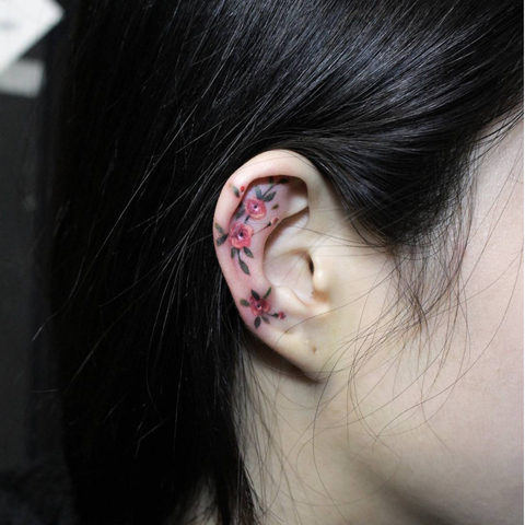Ear, Hair, Face, Cheek, Organ, Nose, Skin, Neck, Body piercing, Black hair,
