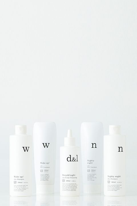 Liquid, Fluid, Text, White, Beauty, Tints and shades, Cosmetics, Grey, Skin care, Peach,