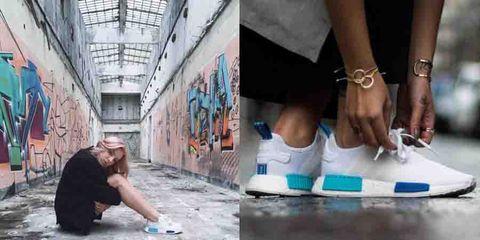 Leg, Human leg, Fashion, Street fashion, Concrete, Sneakers, Calf, Walking shoe, Nike free, Silver,