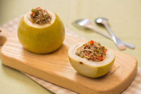 Food, Ingredient, Serveware, Cuisine, Dishware, Produce, Kitchen utensil, Finger food, Fruit, Dish,