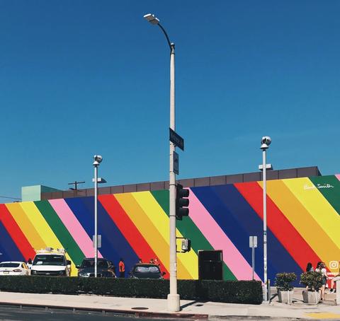 Road, Asphalt, Street light, Road surface, Pole, Colorfulness, Light fixture, Urban design, Tar, Curb,