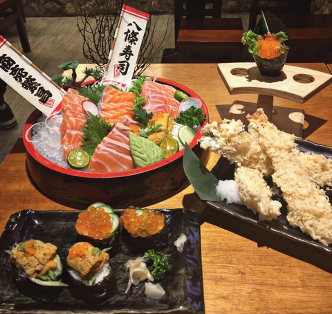 Dish, Food, Cuisine, Meal, Sushi, Sashimi, Ingredient, Lunch, Comfort food, Gimbap,