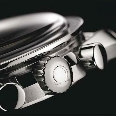omega-speedmaster-apollo-11-40th-anniversary-edition-crown