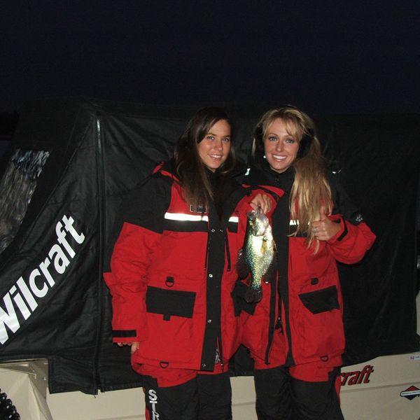 wilcraft-amphibious-ice-fishing-hunting-vehicle-women