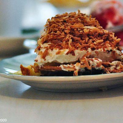 the-apple-pan-banana-cream-pie