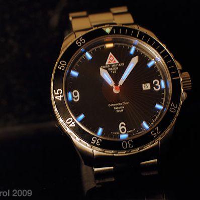 swiss-military-watch-analog-date-commando-diver-lume-gear-patrol