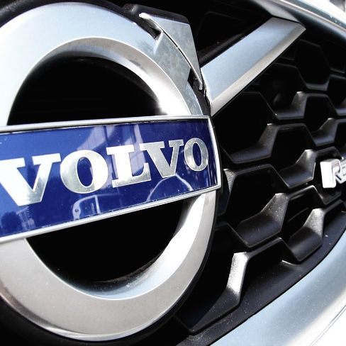 2010-Volvo-C30-Gear-Patrol