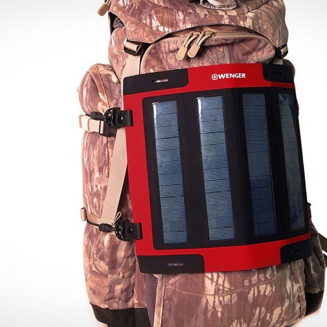 wenger-solar-charger-gear-patrol-full