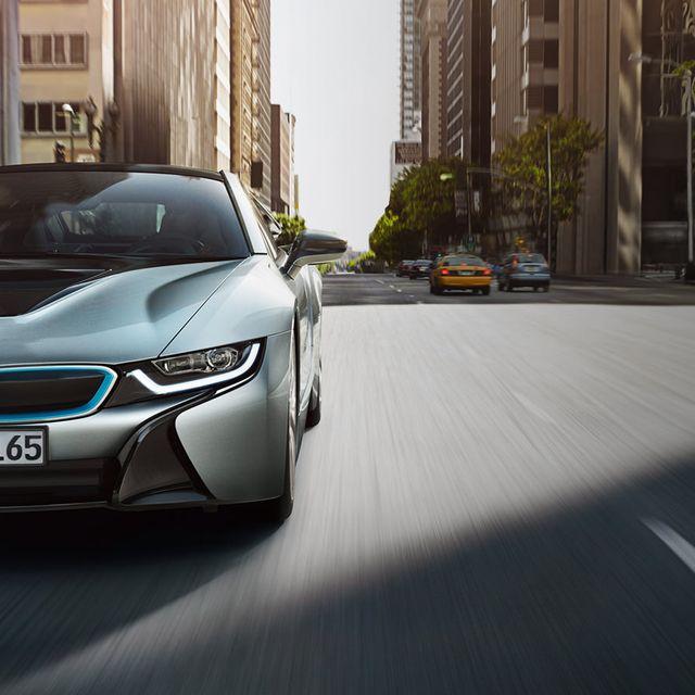 BMW-i8-Gear-Patrol-Lead-Full-right
