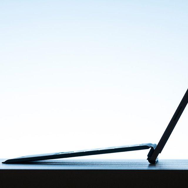 Microsoft-Surface-Pro-3-Gear-Patrol-Lead-Full-Center-Black
