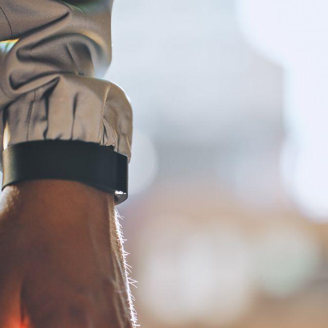 fitbit-stay-healthier-through-metrics-gear-patrol-lead-full