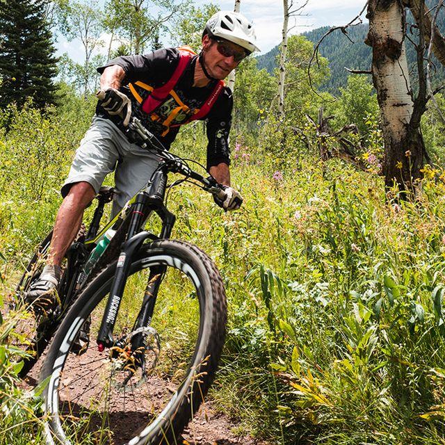 fall-mtn-bike-gear-patrol-1440
