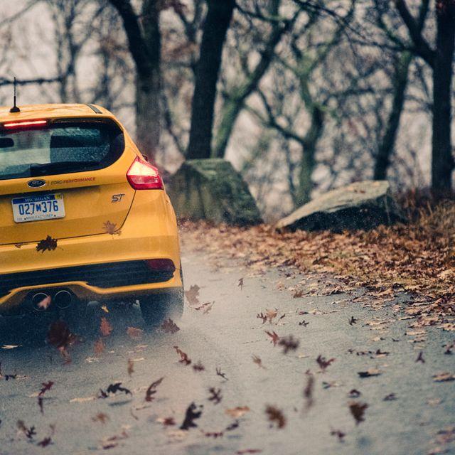 Ford-Focus-ST-Gear-Patrol-Slide-17