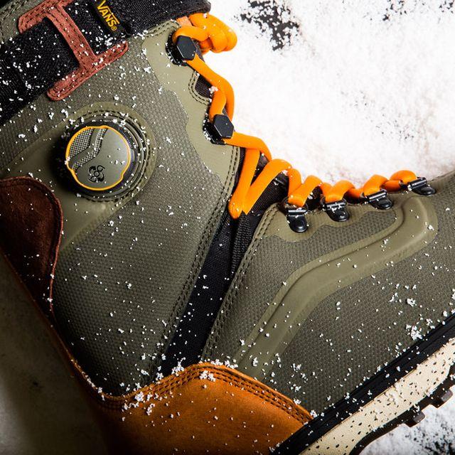 snowboard-boots-gear-patrol-LEAD-3