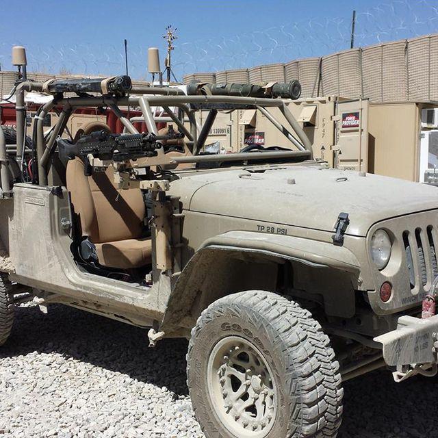 Hendrick-Commando-Gear-Patrol-Lead-Full