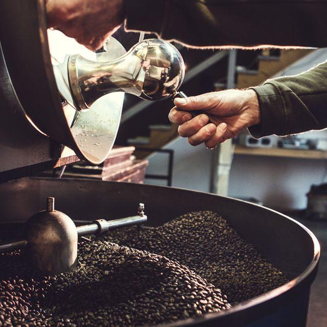 roasting-coffee-gear-patrol-lead-full