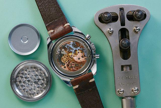 vintage watch maintenance atom moore